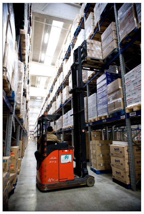 Logistics optimisation: save time and reduce cost in the DC   Zetes